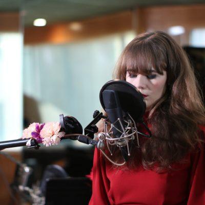 Piera Van De Wiel Singer